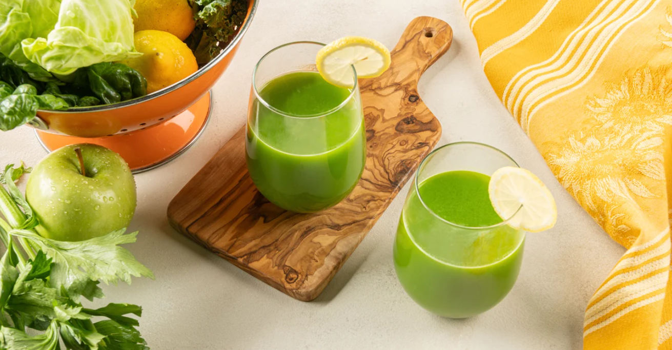 Green Juice With Cabbage