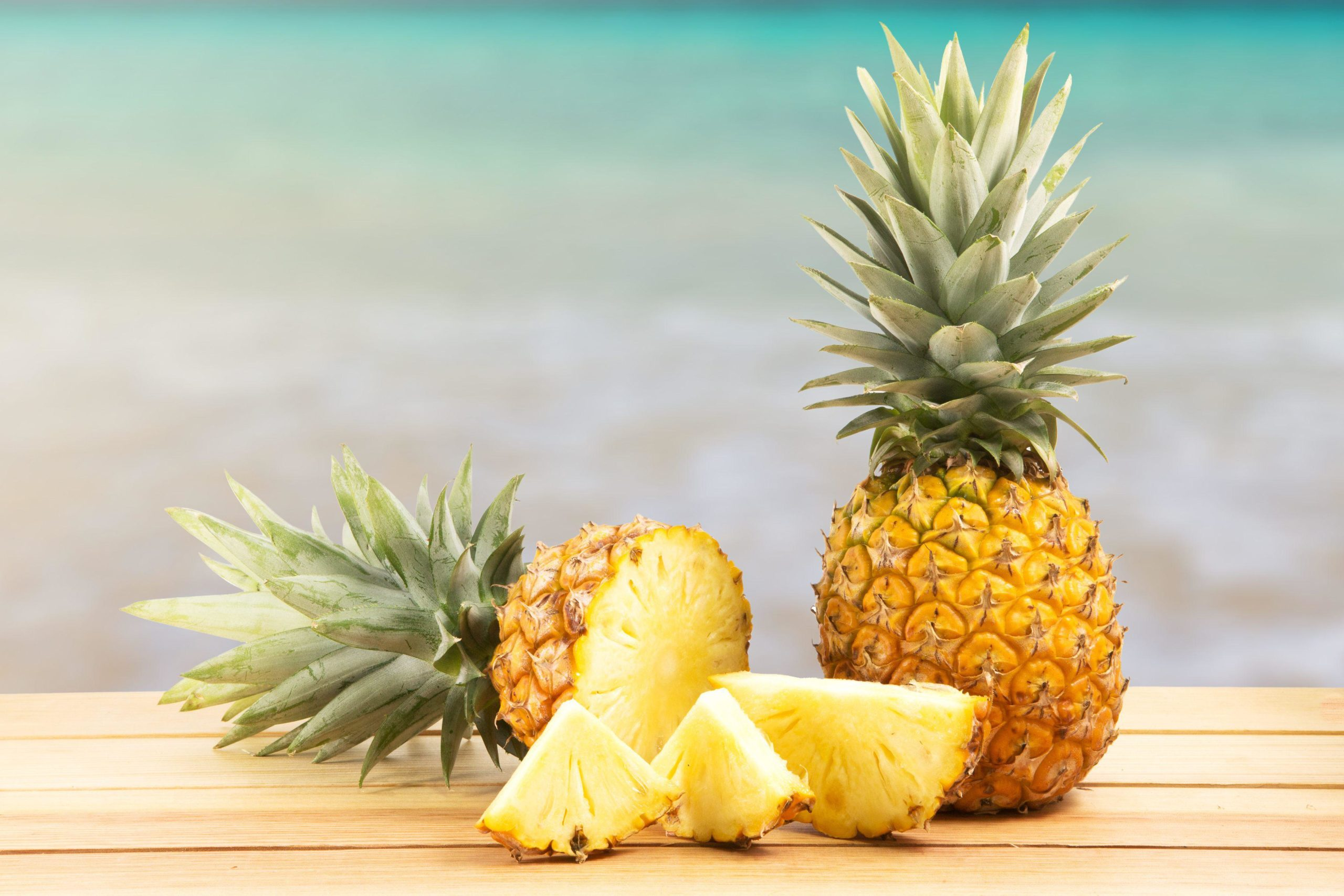 3 Simple Ways to Make a Delicious Baked Brazilian Pineapple